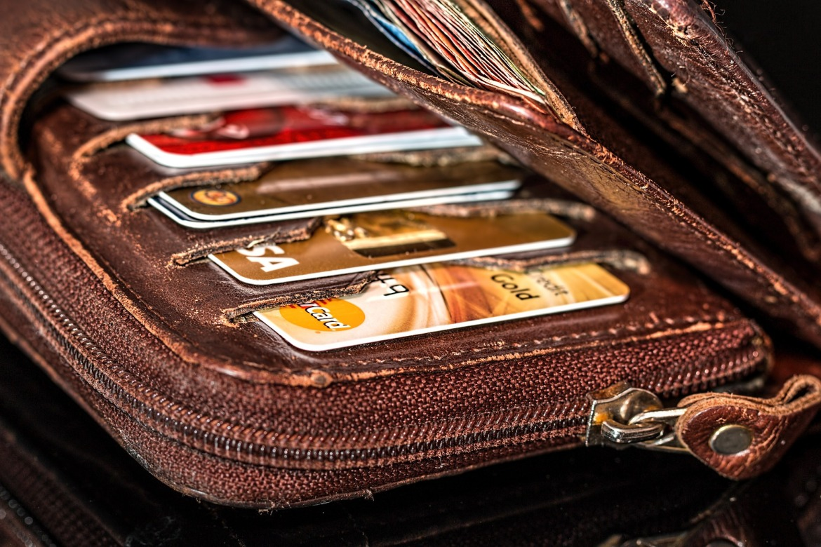 wallet full of credit cards